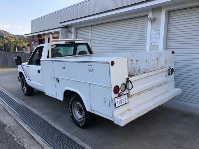 C-2500 Utility Truck 写真