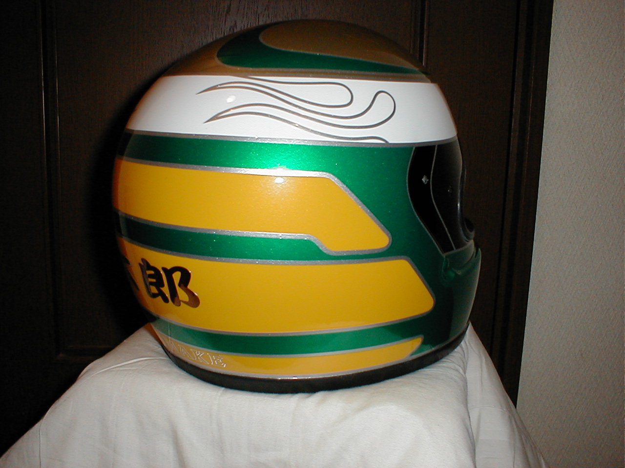 四輪・レース用デザインヘルメット第3弾。『83号車』