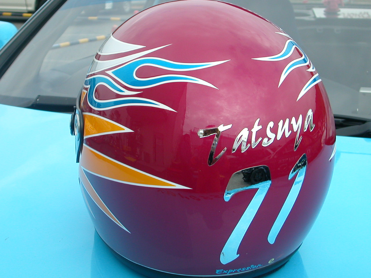 四輪・レース用デザインヘルメット第5弾。『71号車』