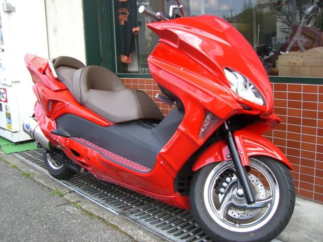 単車・ビックスクーター・原付・バイク・・・二輪の塗装例です♪