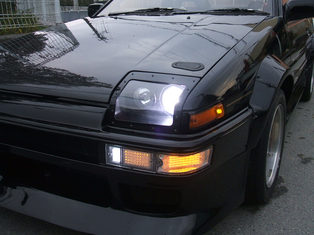 AE86トレノGT選手権風4灯式ライト仕様♪