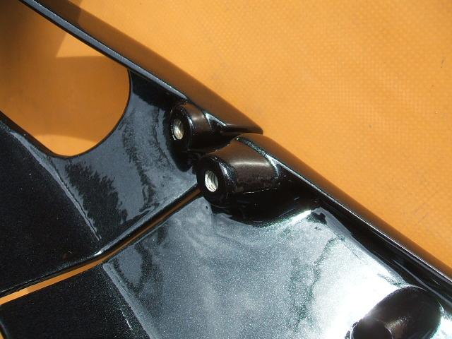 BMW  R1000RS  のカウルの補修 & 加工、塗装、修理
