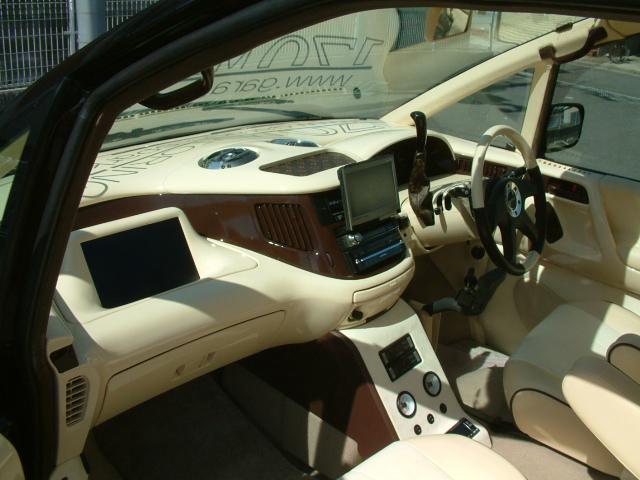TCR エスティマ 追加モニター 5.1ch ロックフォード