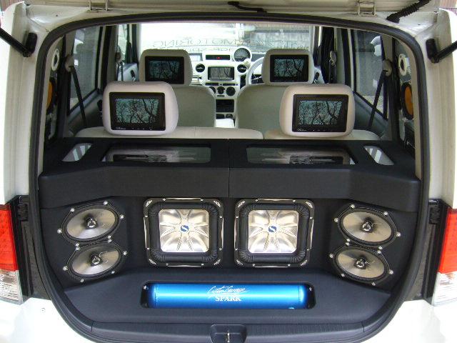 bB キッカー トランクオーディオ製作