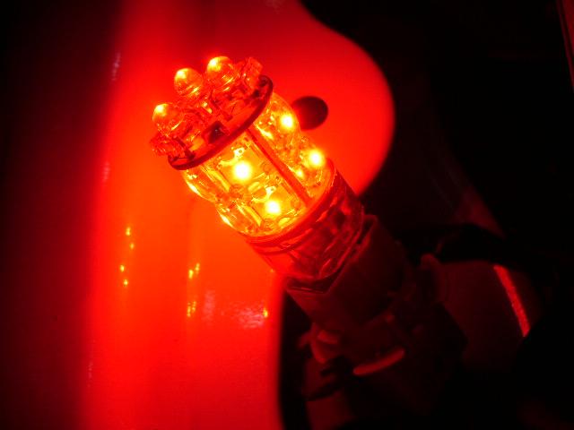 アルファード 13ポイント LEDバルブ 装着