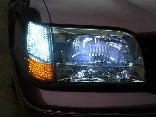 15マジェスタ LEDコーナーマーカー