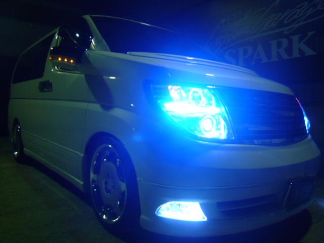 E51エルグランド ヘッドライト加工