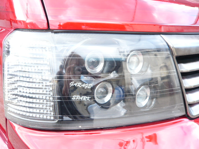 RF3ステップワゴン ヘッドライトプロジェクター加工