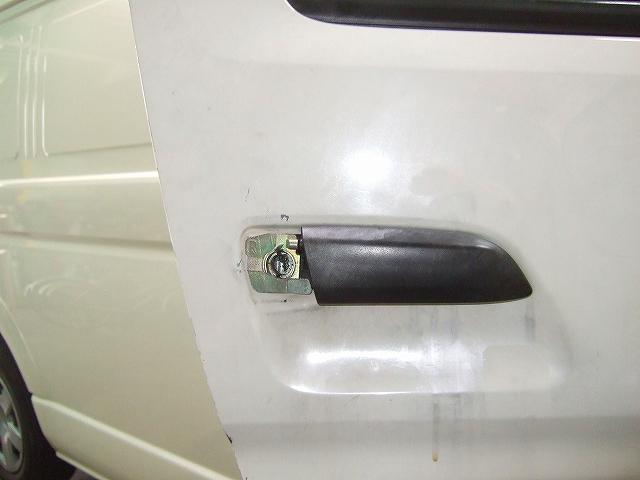 ドア側のキーシリンダー