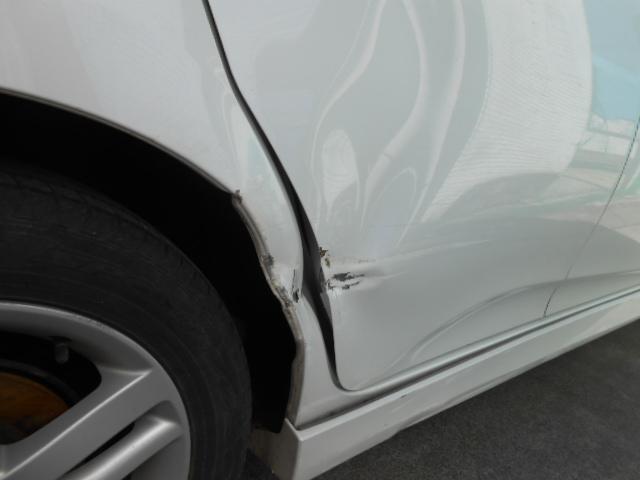 桶川市トヨタ/ラクティス保険修理・代車無料