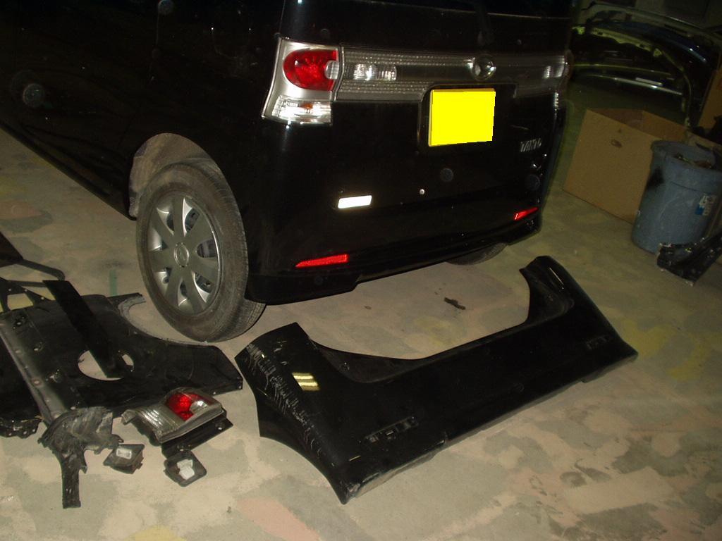 タントカスタムフロントバンパリヤドアフロントドア交換バックドア交換板金塗装修理千葉松戸タキザワ自動車