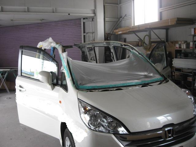 ホンダ RGステップワゴン ルーフ交換板金塗装修理