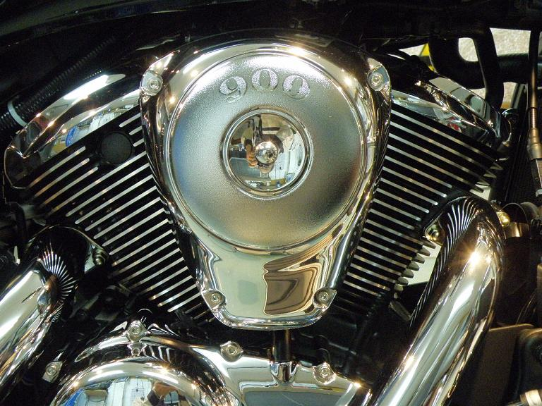 バイク ガラスコーティング カワサキバルカン900 エンジン