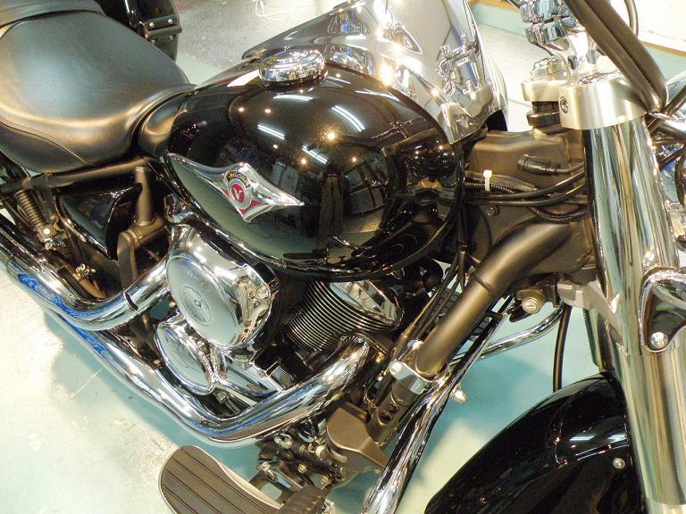 バイク ガラスコーティング カワサキバルカン900 施工後