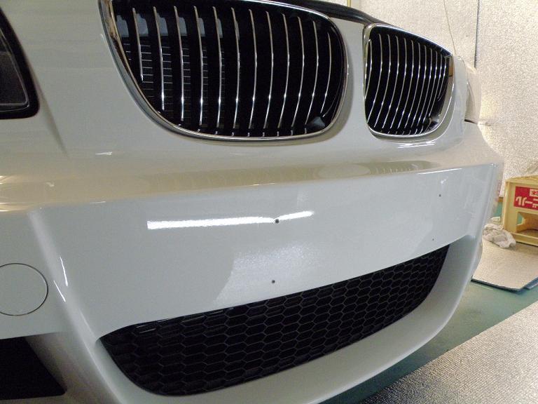 ガラスコーティング BMW グリル