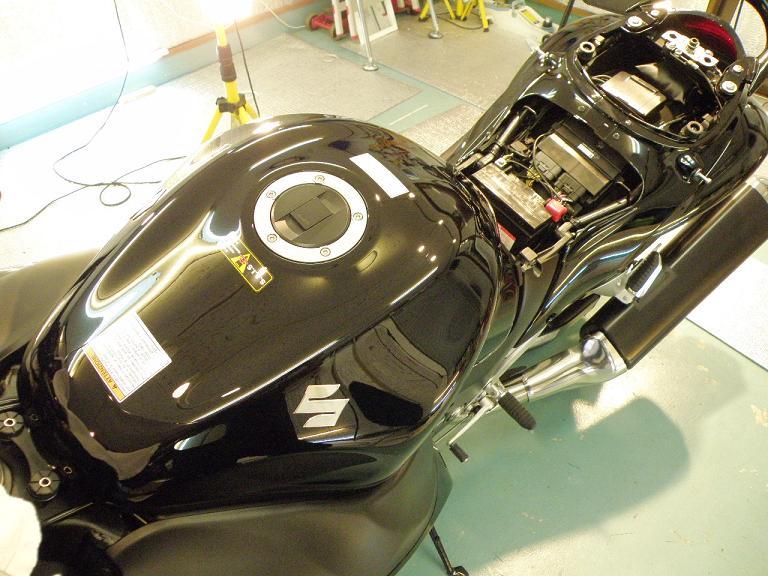 バイクガラスコーティング ハヤブサ タンク
