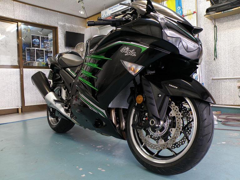 バイク ガラスコーティング カワサキZX14R ニンジャ