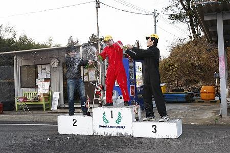 第69回 走行会 2012年3月10日 シャンパンファイト1