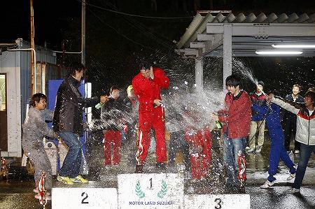 第72回 走行会 2012年11月10日 シャンパンファイト1
