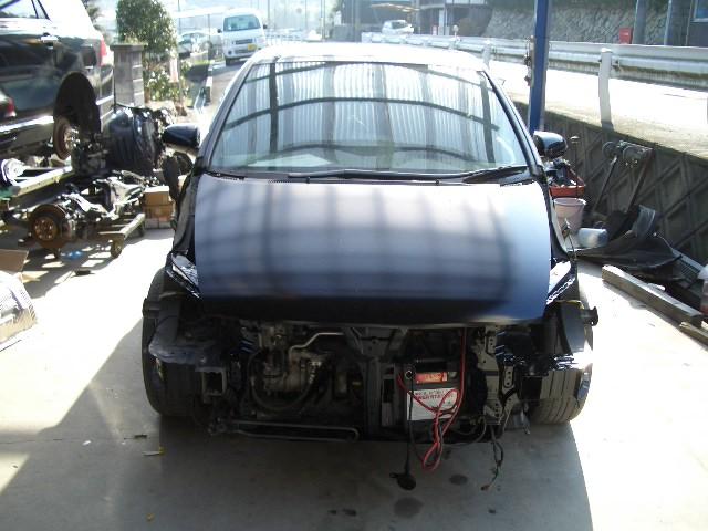 大破した車の写真