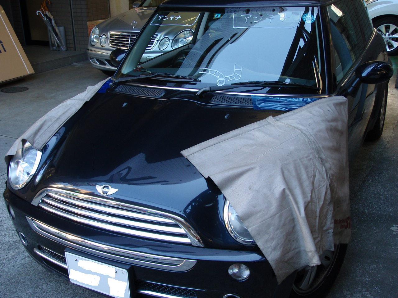 BMWミニ ガラス交換