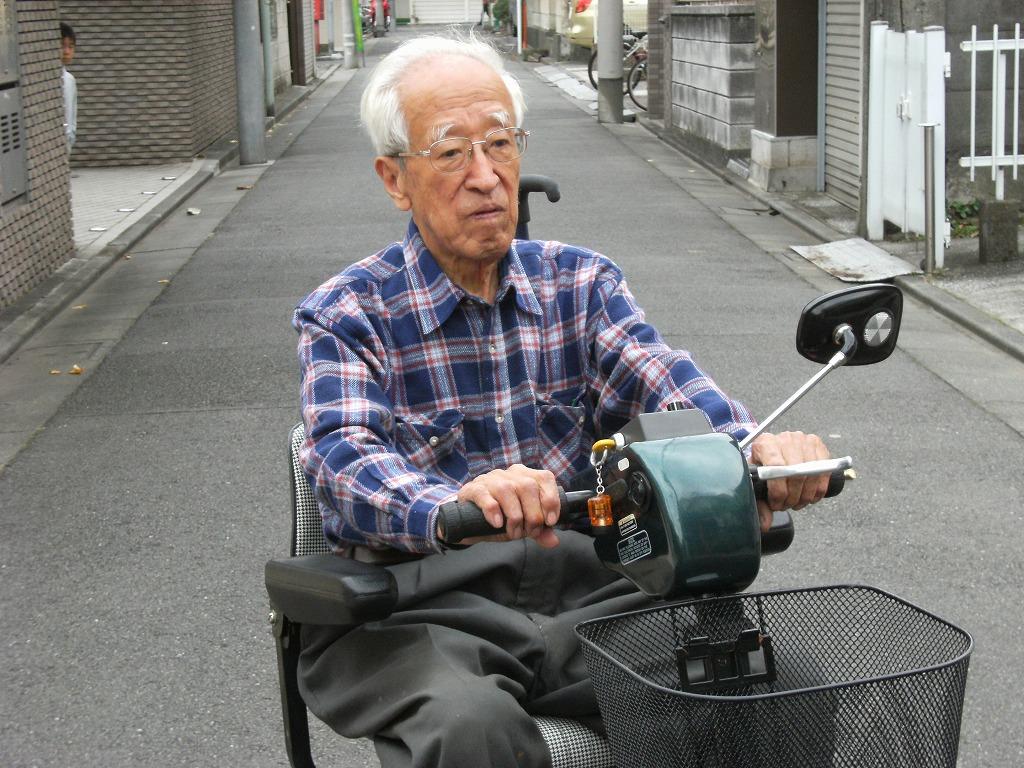 品川区のKさんにショップライダーを納品いたしました。今日の丸大&ブログにアップしています。ご覧ください。