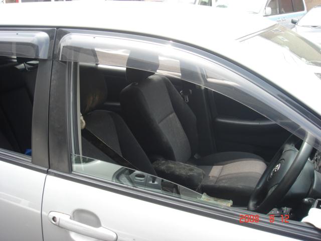 運転席助手席にカビが発生してしまったお車のルームクリーニング