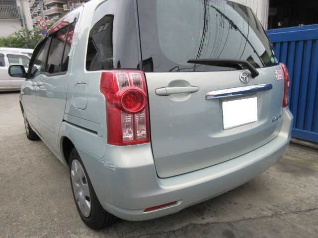 トヨタ ラウム 板金塗装修理事例