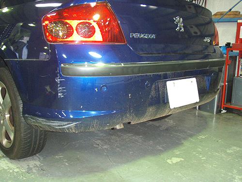 横浜市都筑区のプジョー 407 ボディ全体修理